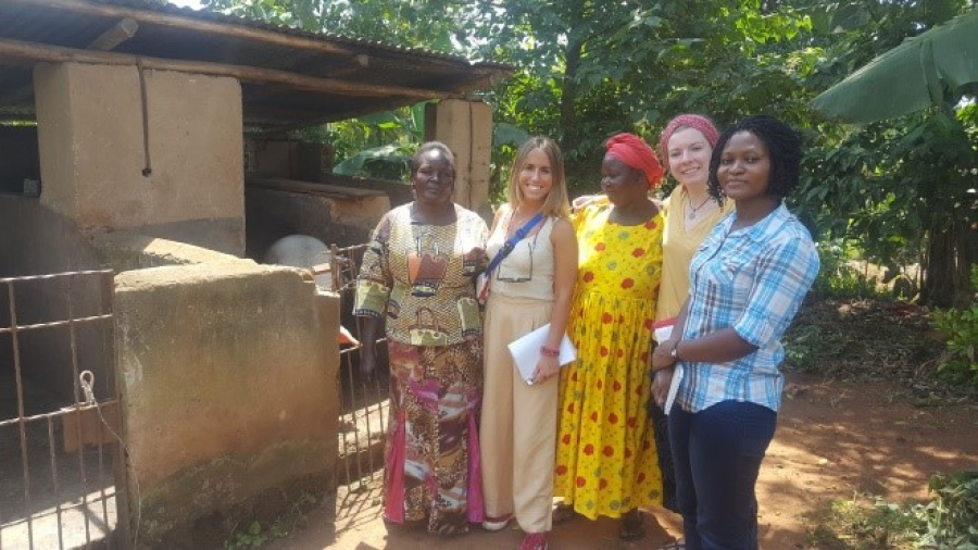 uganda grupo mujere LG